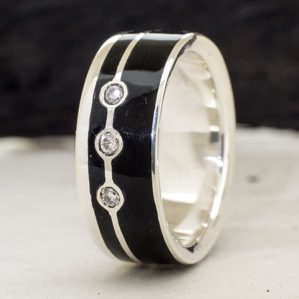 Gemstone Wooden rings Silver ring and ebony wood and diamonds 340,00€ Viademonte Jewelry