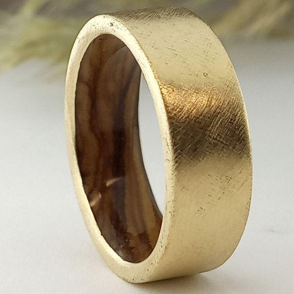 Alianzas con madera y oro Anillo de bodas de oro y madera 660,00€ Viademonte Jewelry