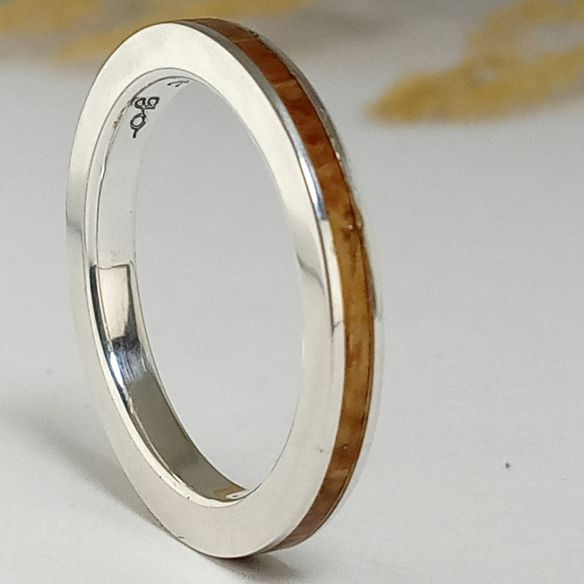 Stackable rings Oak wood sterling silver ring 120,00 € Viademonte Jewelry