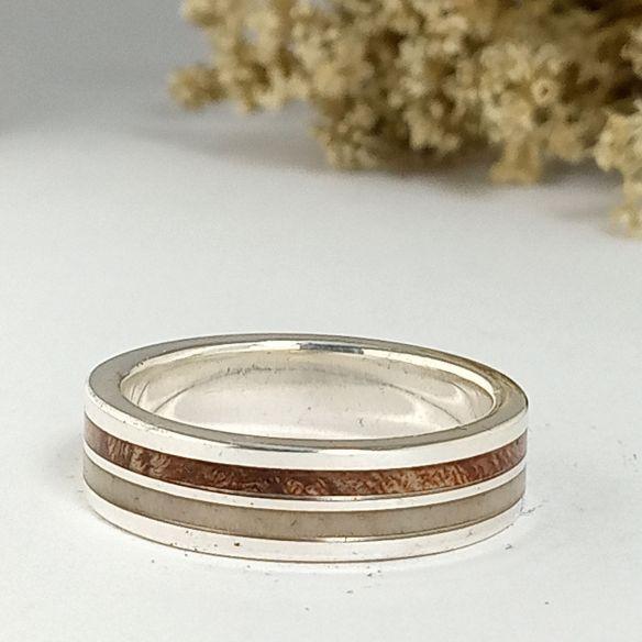 Ringe mit Geweih und Horn Verlobungsring aus Silber, Mimosenholz und Elchhorn 160,00 € Viademonte Jewelry