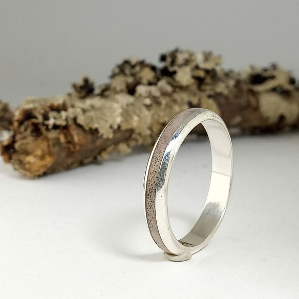 Antler and horn rings Original ring with silver and Reindeer Antler 130,00€ Viademonte Jewelry