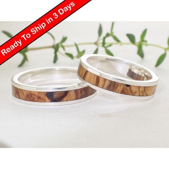 Parejas de anillos Anillos de compromiso de madera de olivo milenario y plata . Joyeria con madera 300,00€ Viademonte Jewelry