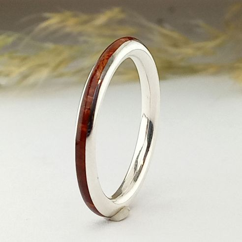 Stackable rings Thin silver ring and cherry wood 120,00 € Viademonte Jewelry