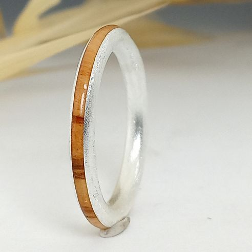 Stackable rings Thin sterling silver ring and olive - Brushing finishing 120,00€ Viademonte Jewelry