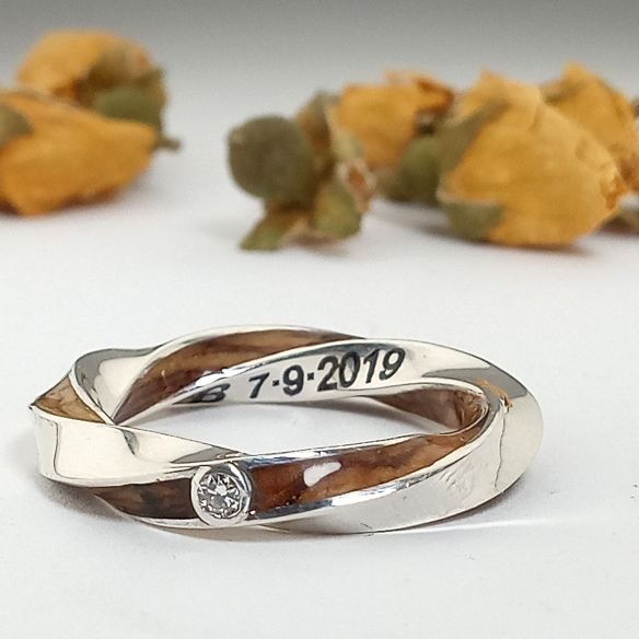 Stackable rings Silver infinity ring with diamond and olive wood 280,00€ Viademonte Jewelry