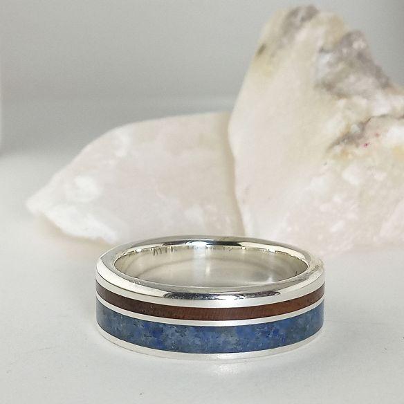 Sand rings Original wood and silver rings - Lapislazuli and walnut wood 170,00€ Viademonte Jewelry