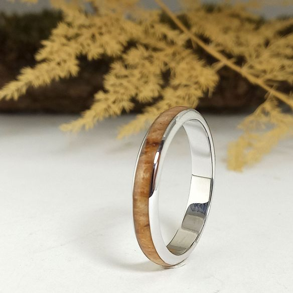 Stackable rings Wooden rings - Birch wood and silver bands 130,00 € Viademonte Jewelry