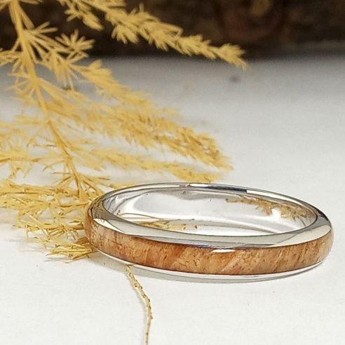 Anillos minimal Anillos con madera de abedul y plata - Alianzas originales 130,00€ Viademonte Jewelry