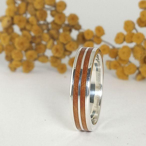 Ringe mit Holz und Silber Silberring mit Wacholderholz - Original Viademonte Jewelry € Viademonte Jewelry