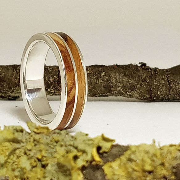 Silver wood rings Original wooden silver band - Olive wood 160,00€ Viademonte Jewelry