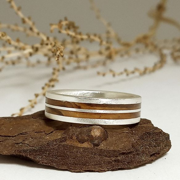 Silver wood rings Original wooden silver band - Olive 160,00€ Viademonte Jewelry