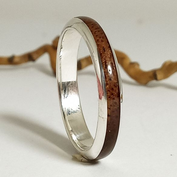 Stackable rings New design silver and walnut wood ring - Half round 130,00 € Viademonte Jewelry