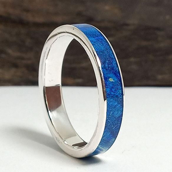 Anillos con madera y plata Original alianza hecha con plata y madera de abedul azul 130,00€ Viademonte Jewelry