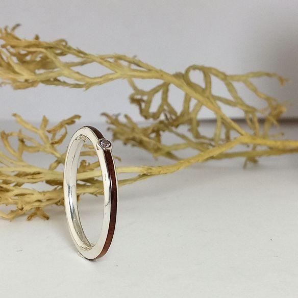 Anillos con piedras preciosas Alianza de plata, nogal y diamante 180,00€ Viademonte Jewelry
