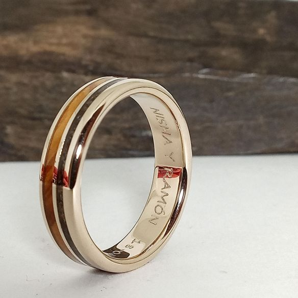 Gold wood rings Original wedding bands- Olive, black sand and white gold 690,00€ Viademonte Jewelry