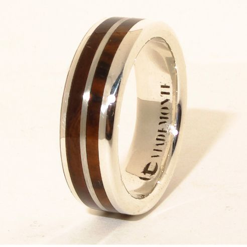 Silver wood rings Walnut wood sterling silver ring 160,00 € Viademonte Jewelry