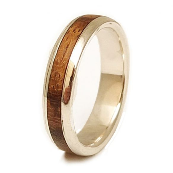 Silver wood rings Sterling silver ring and zebrano wood 150,00 € Viademonte Jewelry