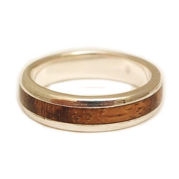 Anillos con madera y plata Anillo de plata de ley y madera de zebrano 115,00€ Viademonte Jewelry