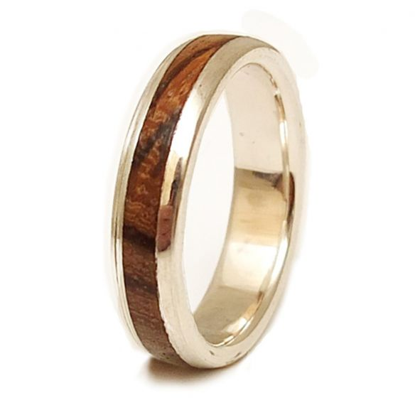 Silver wood rings Sterling silver ring and zebrano wood 150,00€ Viademonte Jewelry
