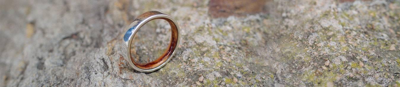 Silber Eheringe mit Holz - Neues Design für Eheringe