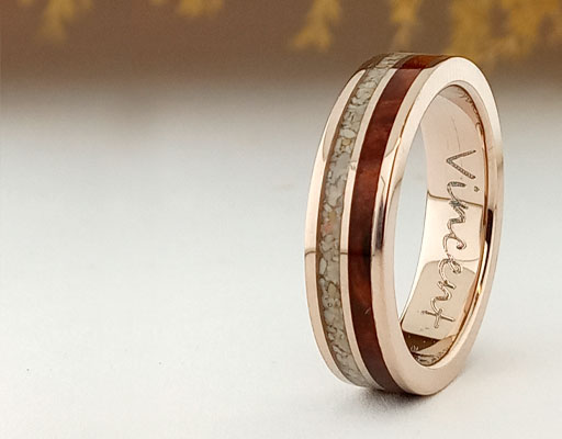 Yellod gold and walnut wood ring